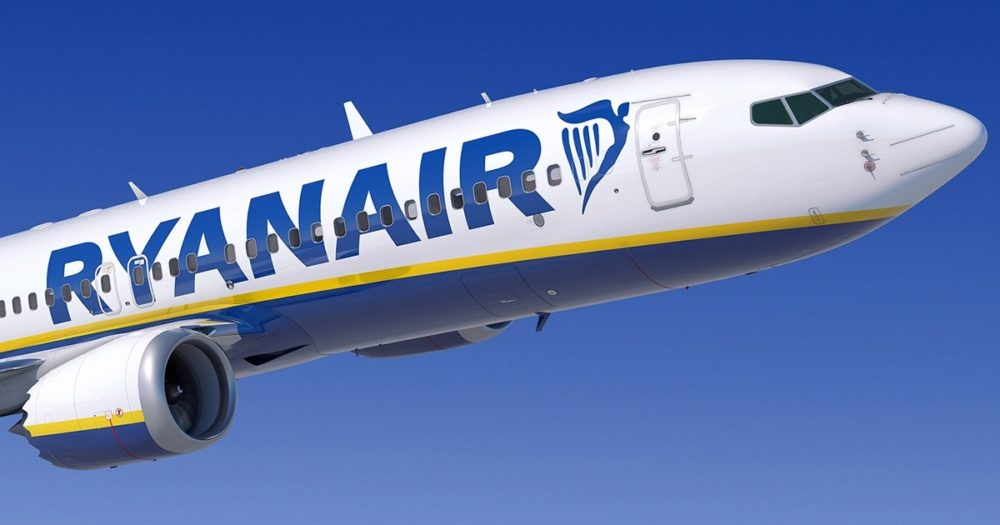 Ryanair introduce Sponsored Cadet Programme - To Be A Pilot